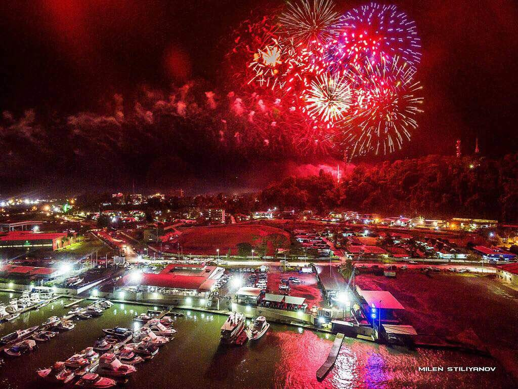Fireworks Finale Mt Lunaman 2017